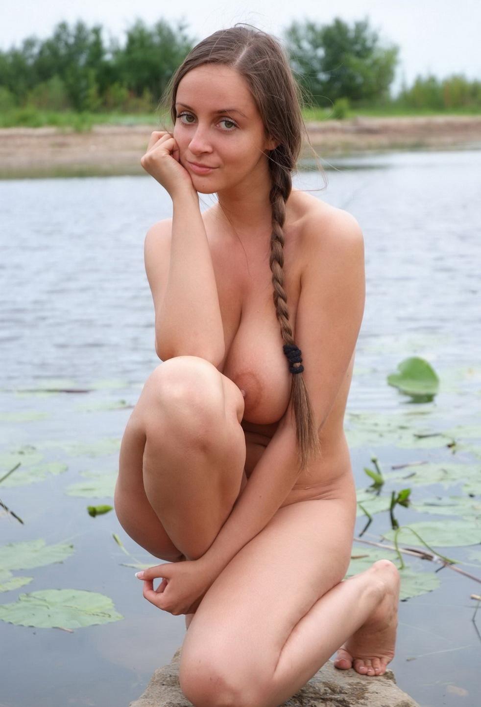 Русские сисястые девки ролики 22 фотография